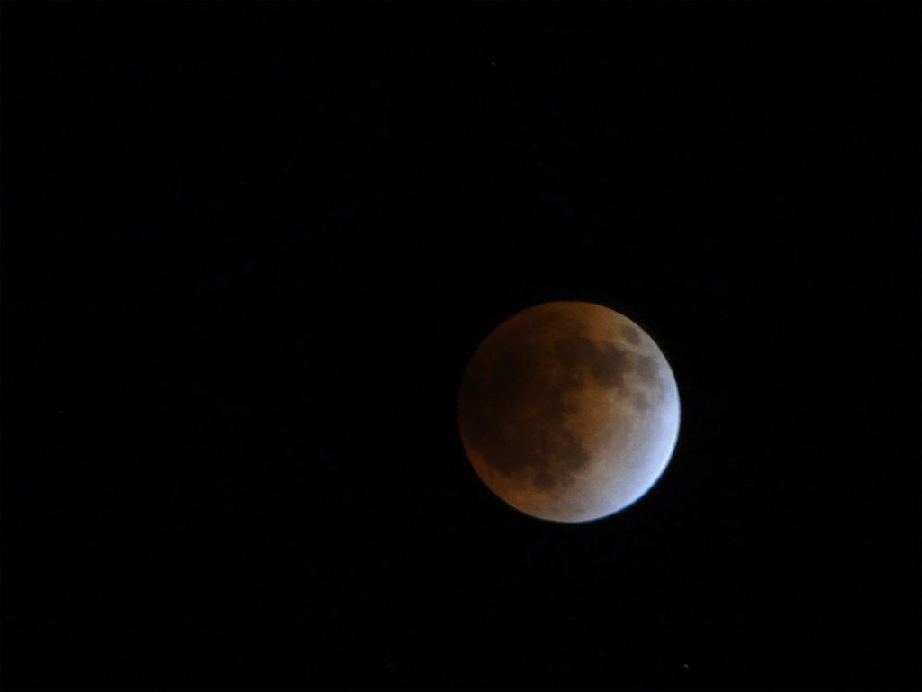 新月満月をファンタジーにしない方法